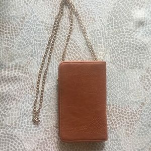 Handbags - Tan cross body purse NWOT
